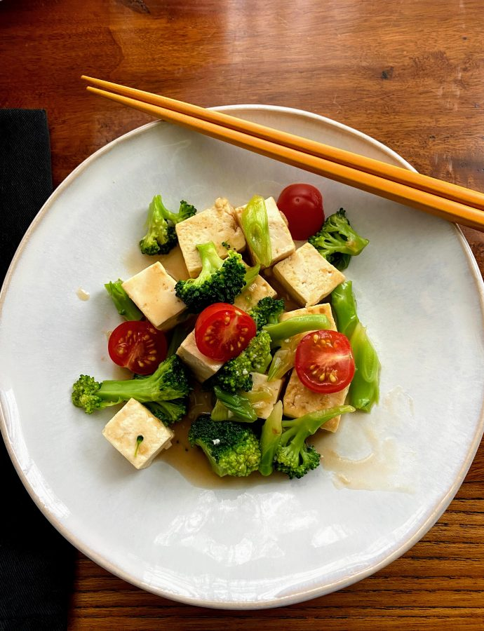Weeknight Tofu & Broccoli Stir Fry