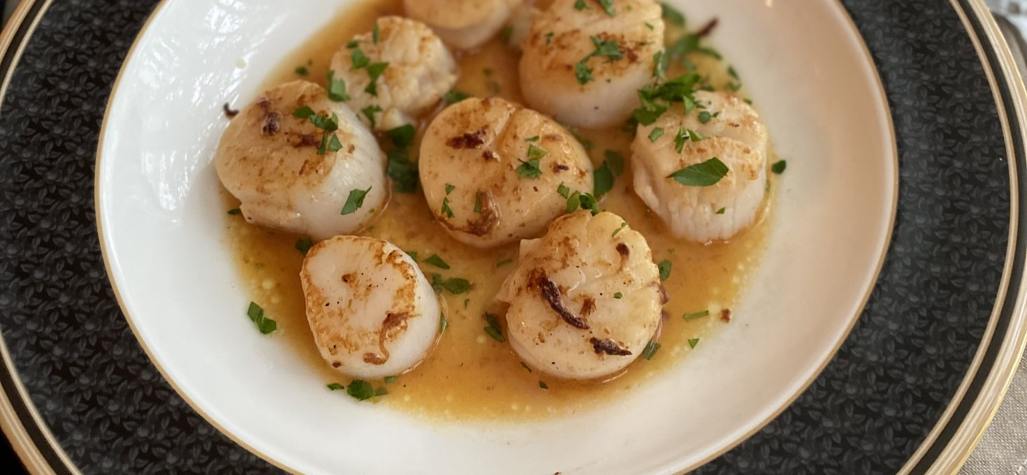 Seared Sea Scallops in Sriracha Glaze